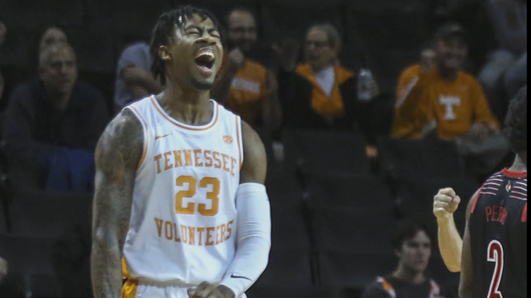 No. 5 Tennessee tops Louisville in NIT Season Tip-Off