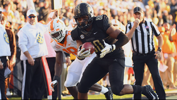 Tennessee falls to Vanderbilt, 38-13
