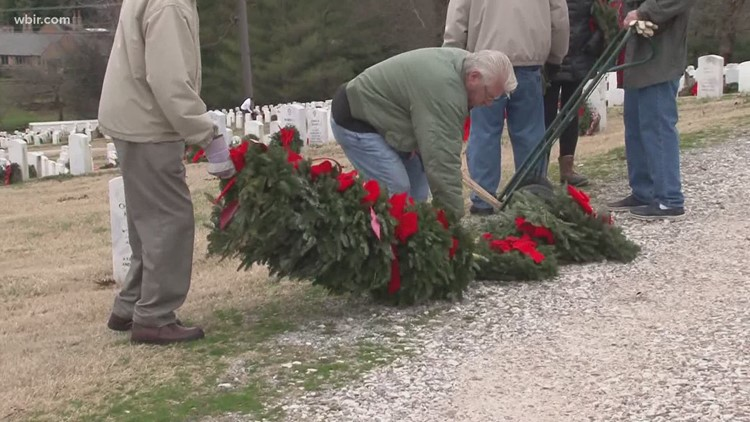 Perfect 10: Wreaths Across America