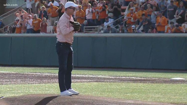 That's a strike! Watch Peyton Manning throw out the first pitch at Lindsey Nelson Stadium