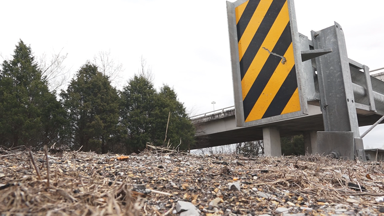 An ET Plus guard rail on I-75. The company that makes the ET Plus lost a $663 million lawsuit in 2015, following claims the devices were not safe.