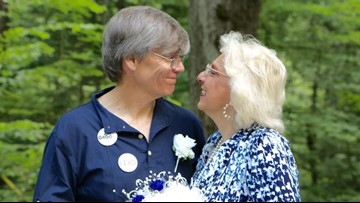 'My heart noticed': Tennessee couple gets married where they met in Smokies