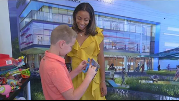 9-year-old boy buys toys for children at Chattanooga hospital with his birthday money