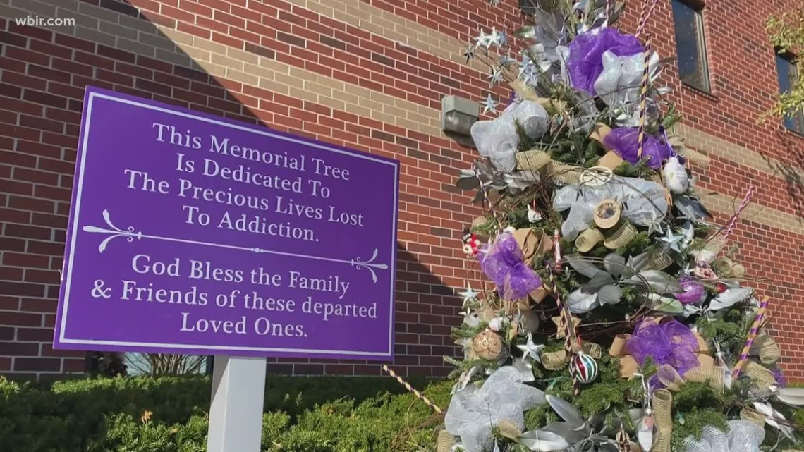 Christmas tree honors those lost to addiction