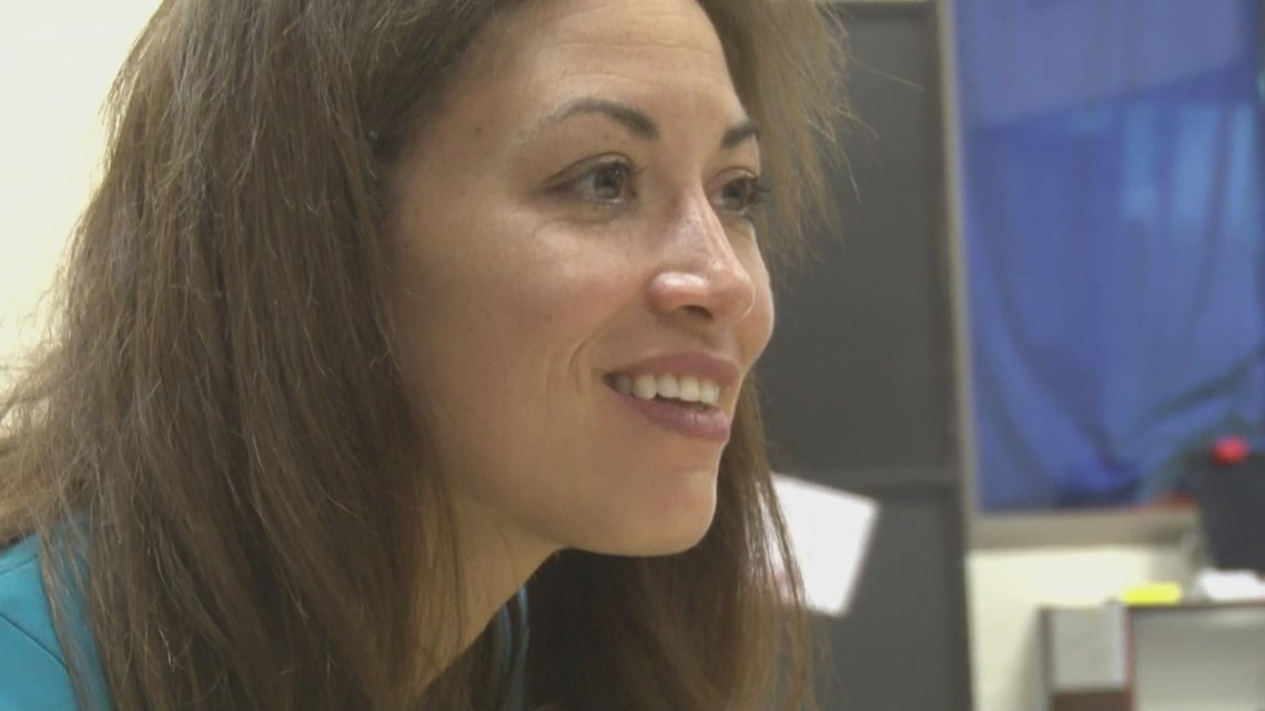 Penny Schwinn does bus tour of Summer Learning Programs