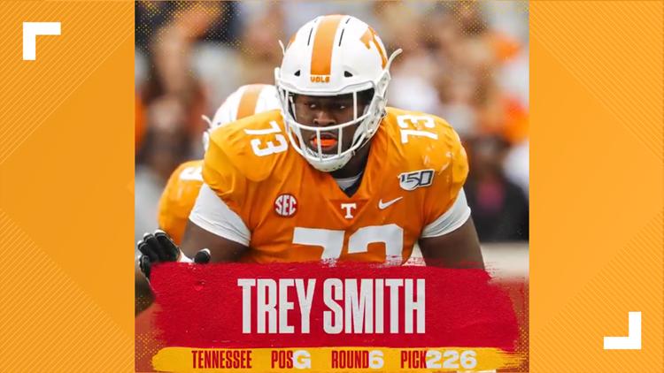Kansas City Chiefs pick VFL Trey Smith during 2021 NFL Draft