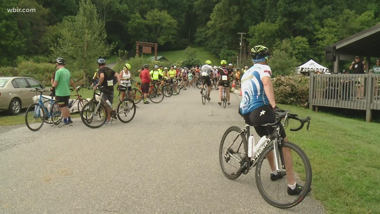 More than 250 cyclists ride in 2021 Dancing Bear Bicycle Bash