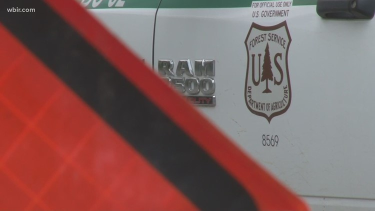 Cocke County pitches in to help firefighters battling Mill Creek wildfire