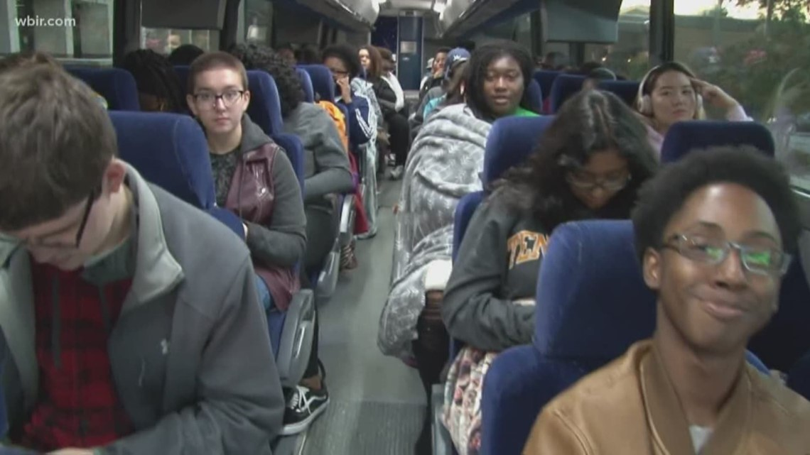ut students take bus home for thanksgiving wbir com rh wbir com take the bus home 中文 take the bus home 中文