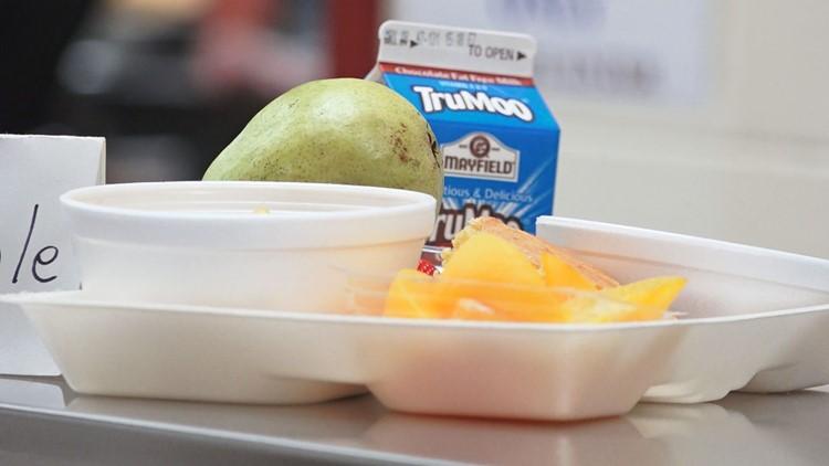Estudiantes de KCS tendrán desayuno y almuerzo gratis el próximo año escolar