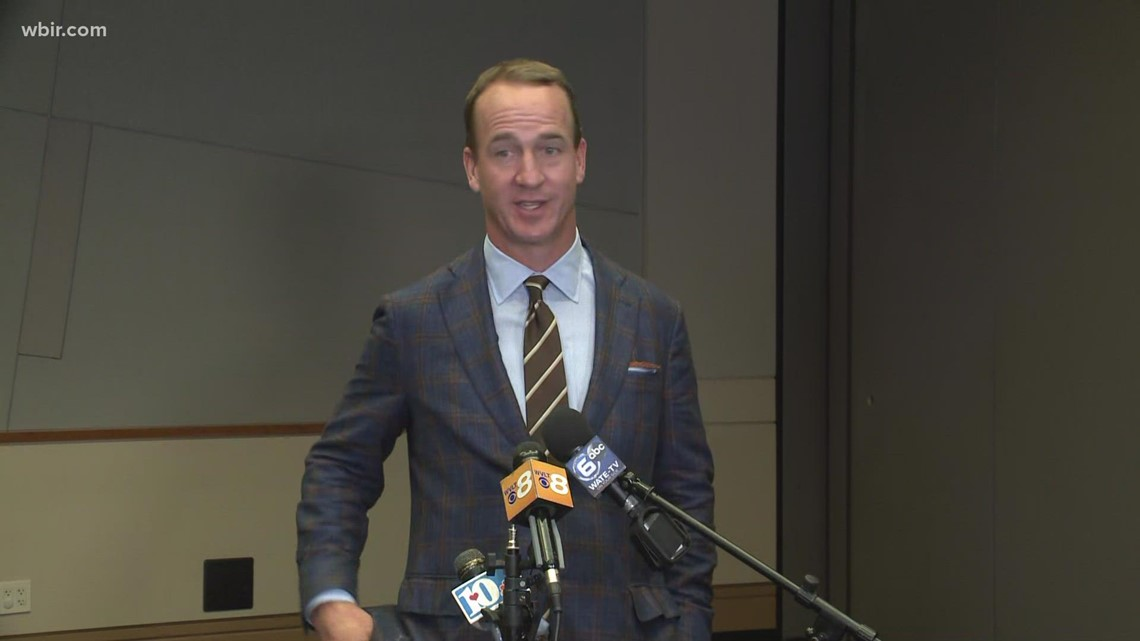 Peyton Manning in town for banquet