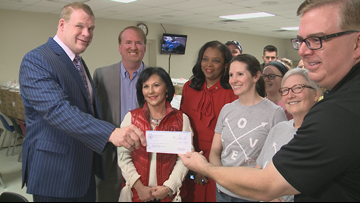 Love Kitchen gets donation from Knox County Mayor Glenn Jacobs this Valentine's Day