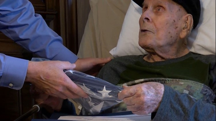 102-year-old D-Day veteran honored as a Tennessee Colonel for his service
