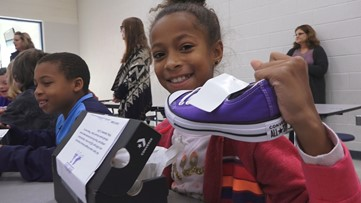 'Shoes for Souls' gives new shoes to Kingston Elementary students