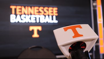 Tennessee Defeats Vanderbilt 65-61