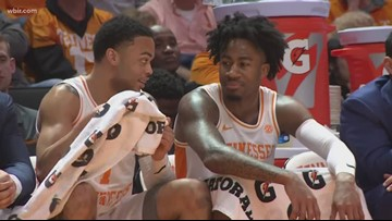 Vols move to 4-0 in SEC play with win over Arkansas