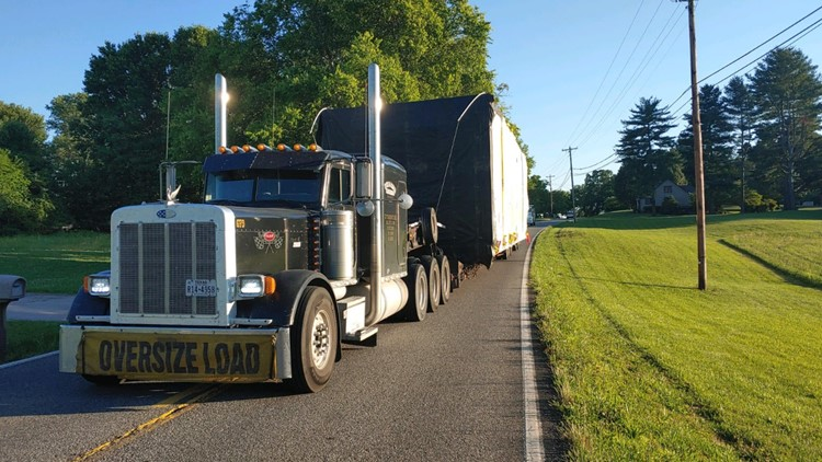 BCSO: Portion of Sevierville Rd. reopens after tractor-trailer entangled in telephone wire