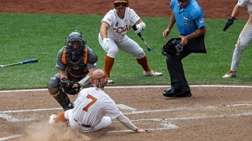 Tennessee falls to Texas 8-4, eliminated from College World Series