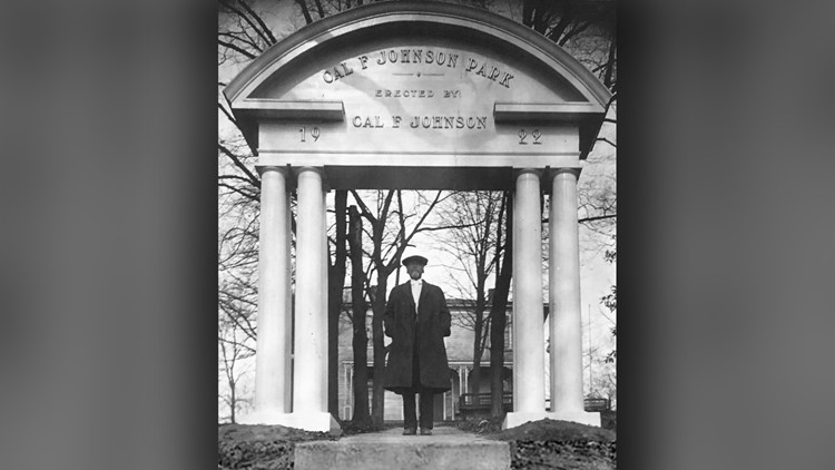 Cal F Johnson park Archway 1922 Knoxville