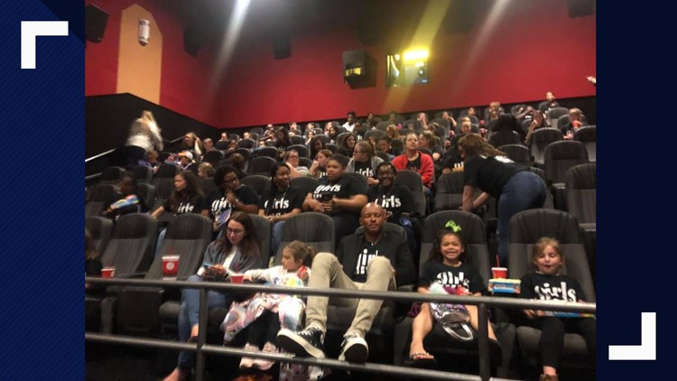 VFL Josh Dobbs treats Knoxville Girls Inc. to a showing of 'Captain Marvel'
