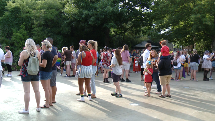"""Zoo Knoxville hosts """"Pride Night"""" with music, food, parade and family fun"""