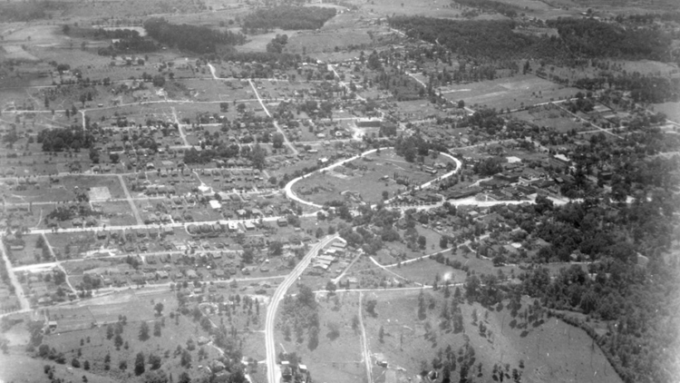 A Legacy of Community: The History of East Knoxville