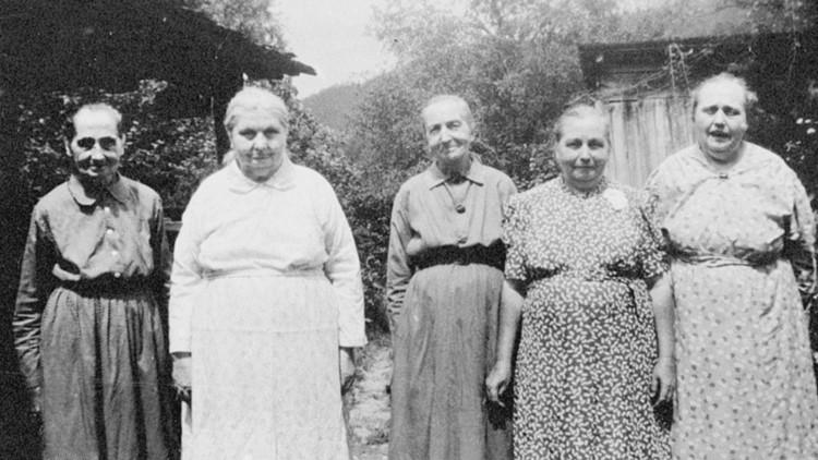 Five Walker Sisters 1933