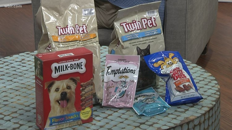 Knoxville Pays it Forward hosts 'Super Kibble Bowl' to help seniors feed their fur babies