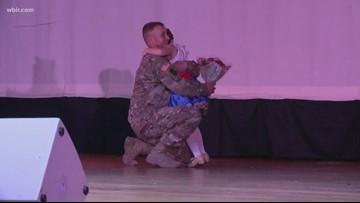 East TN soldier surprises 7-year-old daughter at dance recital