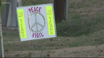 Oak Ridge group marks 20 years of gathering for peace