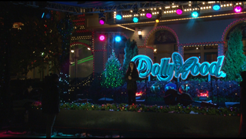 'Christmas at Dollywood' movie will air on Hallmark Channel on Sunday