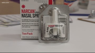 Neighborhood gets life-saving Narcan lesson