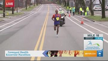 Birhanu Dare leading 2019 Covenant Health Knoxville Marathon