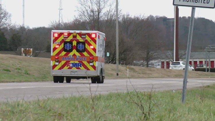 10Listens: Ambulances waiting longer to drop off patients as officials warn of less hospital space