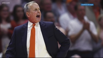 Rick Barnes was leading candidate for UCLA head coach position, but decided to stay with UT