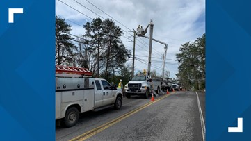 KUB working on large power outages, suggests getting outdoors