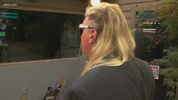 Knoxville man in 3rd for national mullet competition