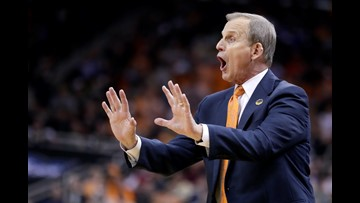Coach Barnes is staying on Rocky Top, and people are HERE for it
