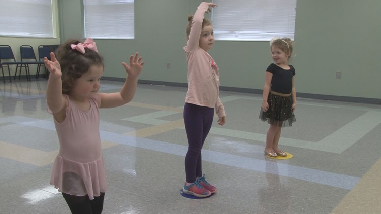 Tiny dancers enjoy Twinkle Toes