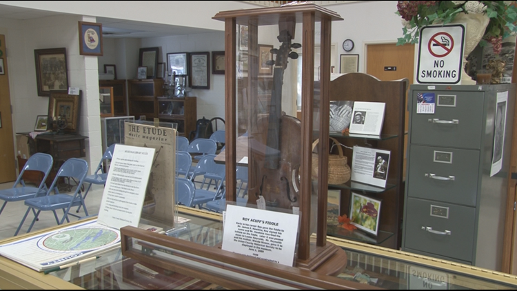 Roy Acuff's fiddle at a Union County museum