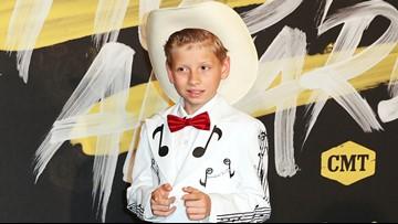 'I know what I wanna dooooooooo': Mason Ramsey is coming to Knoxville this fall