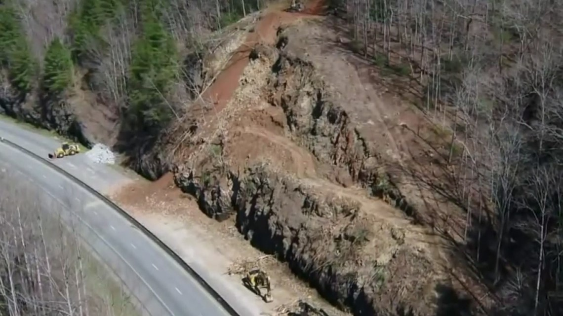 Drone video of I-40 rockslide near the Tennessee/ North Carolina state line