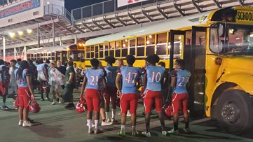 Austin-East football team shows camaraderie following nearby shooting Friday night