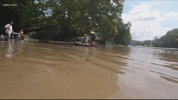 Volunteers pull three dozen tires from Clinch River