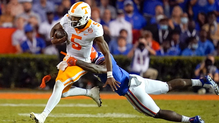 Tennessee falls to Florida in The Swamp, 38-14