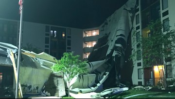 70 units evacuated after roof blown off Knoxville apartment building