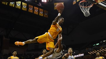 No. 3 Tennessee cruises to road rout of Missouri 87-63