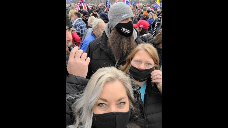 Knoxville woman shares the moment she witnessed the U.S. Capitol under siege