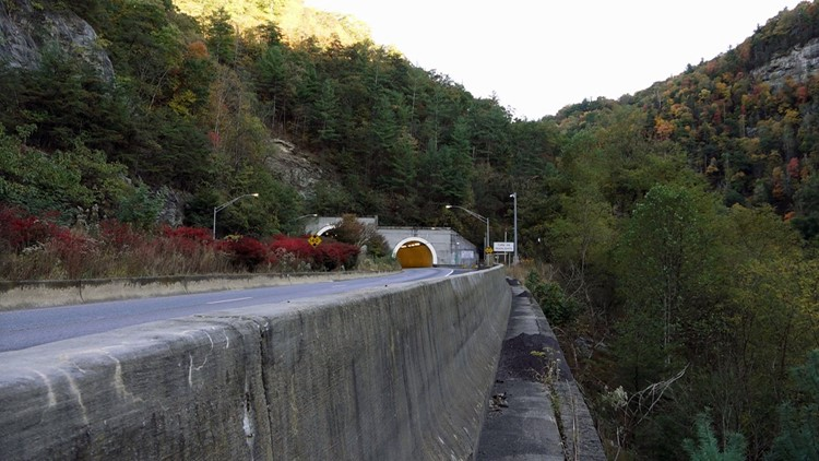 NC crews to close I-40 West through Pigeon River Gorge next week for up to five days
