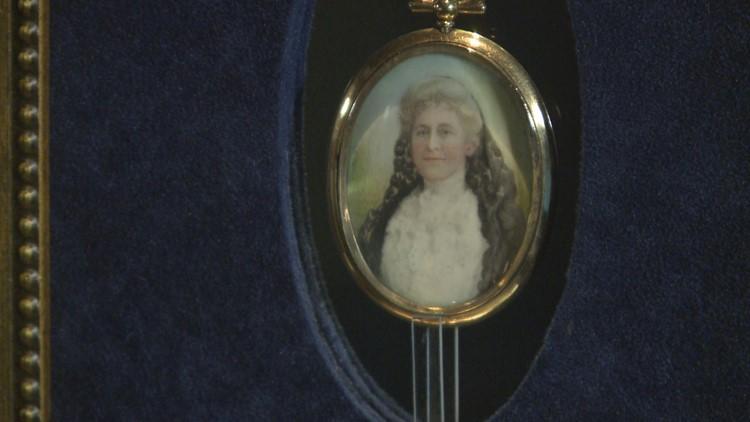 Pendant belonging to a Titanic passenger Helen Churchill Candee